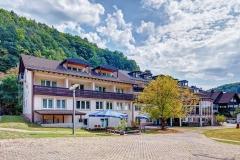 Hotelansicht_Hinten2